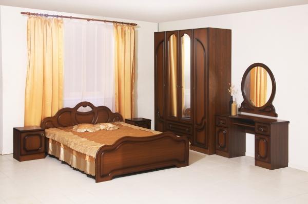 Спальный гарнитур D0117