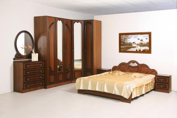 Спальный гарнитур D0129